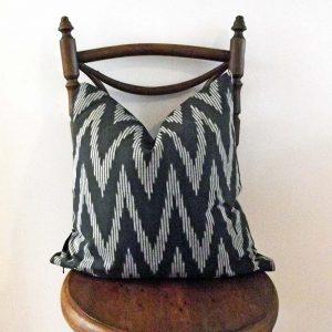 black-grey-geometric-cushion
