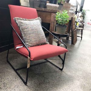 Secondhand red sleigh chair