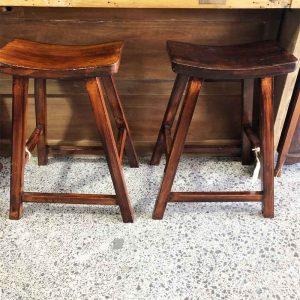 Secondhand wood kitchen stools