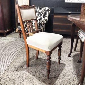 Kauri dining chair