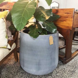 resin cylinder shaped pot in grey