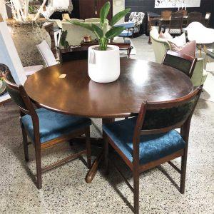 Otto Larsen dining table