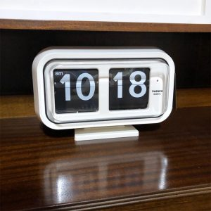 QT35 wall and table flip clock from Twemco