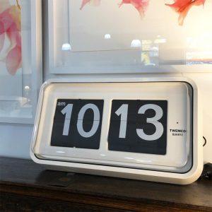 R100 flip clock made by Twemco of Hong Kong