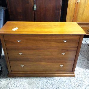 3 drawer rimu lowboy