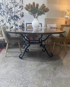 wrought iron 10 -seater dining table