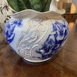 ceramic planter pot